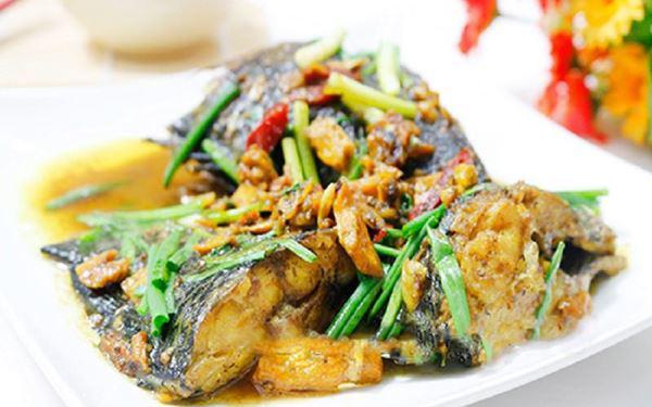 Cá chép nghệ, món ăn thích hợp cho bữa cơm ngày đông
