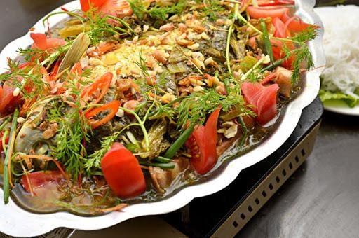 Món cá chép om dưa ngon nhờ cái tâm của người đầu bếp